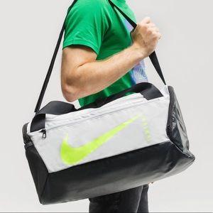 ✔️ NWT✔️ NIKE Brasilia Training Duffel Bag